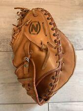 Nokona CM225  Baseball Softball Catchers Mitt Right Handed Throws