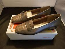 Magdesians Size 9 Medium Harmon-R Taupe Colorway Nappa Slip On Loafers EUC