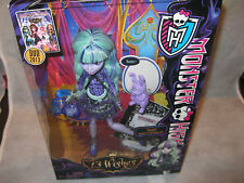 Monster High 13 Wishes Twyla- New In box