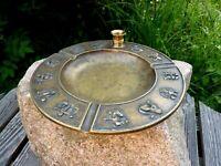 wunderschöner alter Aschenbecher Bronze Sternzeichen Bosse Ära Sammlerstück