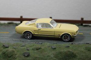 Greenlight 1965 Ford Mustang Fastback