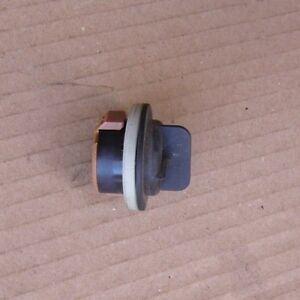 PEUGEOT 308 407 HEADLIGHT FRONT INDICATOR REPEATER SIDE LIGHT BULB HOLDER