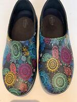 Crocs NERIA PRO II Graphic Clog W Black Paisley Shoes Size w 8 Closed Heel Shoe