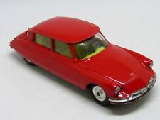 CORGI 210S CITROEN DS 19, SMART RED EXAMPLE IN EXCELLENT CONDITION.