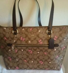 Coach Gallery Tote In Signature Canvas With Butterfly 🦋 Print  NWT