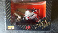 1/18 1:18 Plastic / Diecast Yamaha 1000 Thunderace Red Silver Motorcycle New