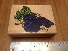 """GRAPES """"RETIRED"""" RUBBER STAMP """" RUBBER STAMPEDE * A897F"""