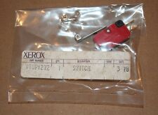 UND LAB V3L-388-D8 Micro Limit Switch Roller XEROX 110P1272 SPDT Snap Action New