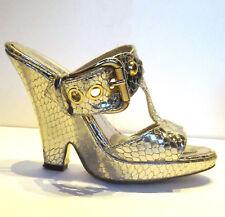 Zapatos Sandalias de cuña de piel de serpiente pitón de oro por Marc Stens