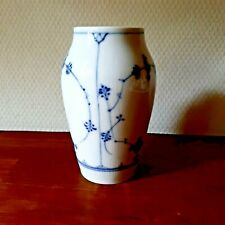 OLD VASE 1923-1928 BLUE FLUTED PLAIN # 1-384 Royal Copenhagen Fact.1