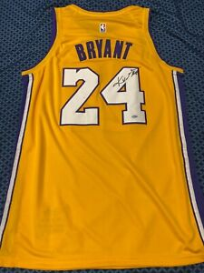 Los Angeles Lakers Signed Kobe Bryant LE Yellow Jersey MINT AUTOGRAPH WITH COA