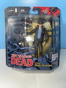 Rick Grimes Series 1 McFarlane Toys The Walking Dead Comic NEW MOSC