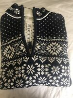 LL BEAN WOMENS SNOWFLAKE 1/2 ZIP SWEATER. SIZE M 100% COTTON EXCELLENT CONDITION