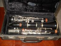 VINTAGE MADE IN FRANCE WOOD DE LUXE CLARINET BY MARTIN FRERES