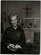 Dr. Margit Sahlin Sweden's 1st Women Clergy, Original-Photo from 1960