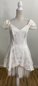 Vintage Roberta Short White Wedding Dress Women's Size 5 / 6 Beaded Off Shoulder