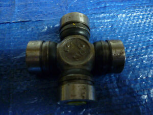 New 71-06 Chevrolet Dodge Geo GMC Mitsubishi Plymouth Suzuki 398 Universal Joint