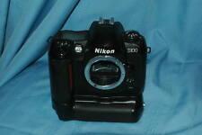 Nikon D100 Digital SLR Camera black body with MB D100 Battery grip  EX cond