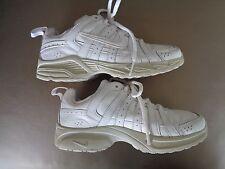 Nike Advantage Runner White/White Size 4Y 386630-102