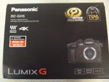 Panasonic Lumix 4K DC-GH5 (Black)