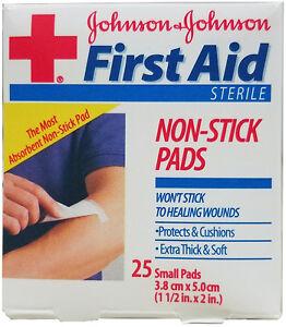Johnson & Johnson First Aid Sterile Non-Stick Pads - Box of 3
