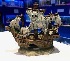 14cm Pirate Ship ~ Classic Aquarium Ornament for Fish Tanks 907