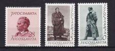 Echte Briefmarken aus Jugoslawien mit Geschichts-Motiv als Satz
