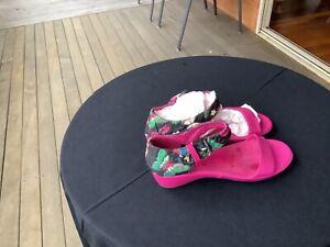 Django & Juliette — Jonty Floral peep toeslingback shoe - sandal - size 39
