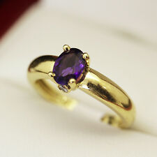 Lovely Estate age 3 stone Amethyst and Diamond ring, in 18ct gold setting.
