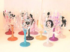 Disney Silhouette Character  Glitter Wine Glass Gift **Personalised With Name**