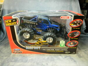 RADIO CONTROLLED FORD F-150 SUMMIT BIGFOOT PICKUP BY NEW BRIGHT W/CHARGER-NEW