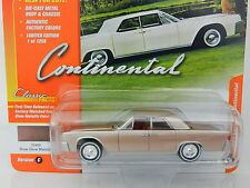 2017 Johnny Lightning *CLASSIC GOLD 1C* ROSE 1961 Lincoln Continental *NIP!*