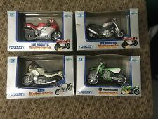 Set of 4 Welly Motorcycles 1:18 Collectibles diecast : Kawasaki , MV Agusta