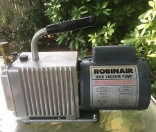 Robinair High Vacuum Pump. Model # 15102B. 2 Stage. 3CFM. 1989
