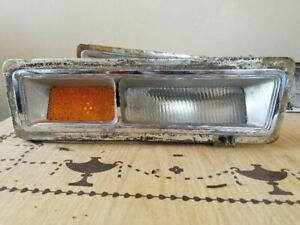 77 LINCOLN MARK V 1977 DRIVERS SIDE CORNERING LAMP LIGHT