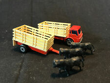 Old Vtg 1970 Matchbox Diecast Cattle Truck Trailer & Cows Made In England Toy