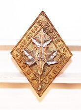 Canadian Army Badge:  Women's Army Corps - nhm, bi-metal