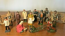 A COLLECTION OF ORIGINAL LEAD FARM FIGURES & FENCES - BRITAINS, TIMPO, CHARBENS