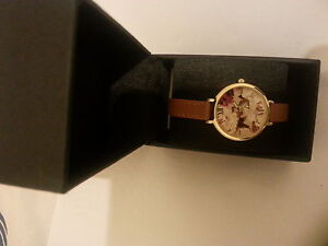LIMIT  LADIES Wrist Watch with Gift Box-  SPECIAL Flower Design