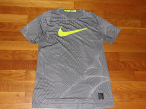 NIKE PRO DRI-FIT SHORT SLEEVE JERSEY BOYS LARGE 14-16 EXCELLENT CONDITION