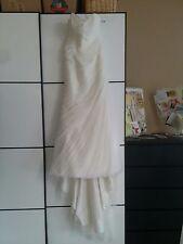 Hochzeitskleid von PRONOVIAS Barcelona, Größe S, elfenbeinfarben