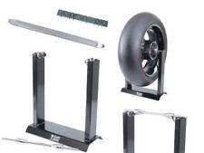Equilibratrice manuale per pneumatico moto, leva e pesetti