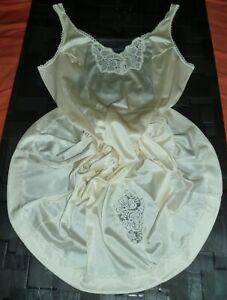 fond de robe combinaison nylon nuisette unterkleid full slip taille 46 voir neuf