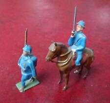 Soldat et cavalier en plomb
