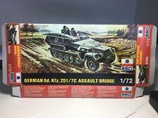 Esci 1/72 German Sd. Kfz. 251/7c Assault Bridge 8066