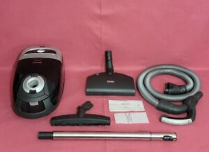 Miele Calisto Canister Vacuum  with  power nozle and floor Tool