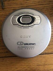 Sony Cd Walkman Jog proof personal portable CD player & FM/AM radio D-FJ61 grey