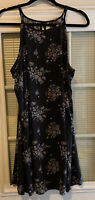 Mudd Size Large Summer Dress. Floral. Lace Detail Around Arm Openings.