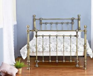 LAVISH VICTORIA BRASS FINISH METAL BED FRAME IN DOUBLE & KING SIZE + FREE P&P