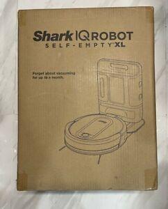 Shark AV1010AE IQ Robot Vacuum with XL Self-Empty Base new!!!